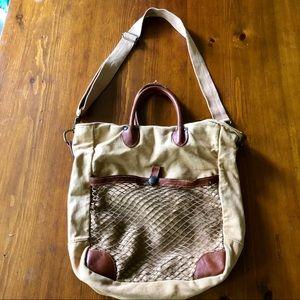 Saks Fifth Avenue tote/shoulder/travel bag